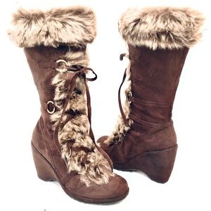 Heel Boots with Fur, Calf High Suede Brown size 8